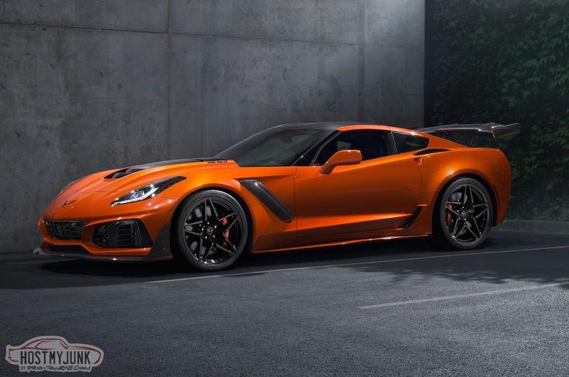 2019-chevrolet-corvette-ZR1-front-three-quarter-sebring-orange.jpg