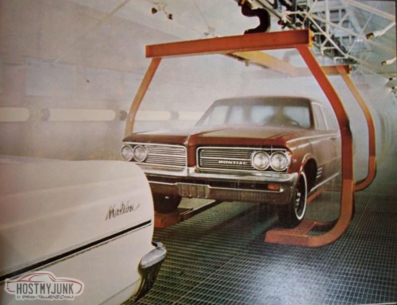 1964_Pontiac_-_GM_Plant_-_Fremont_Ca_-_original_photo_2_.jpg