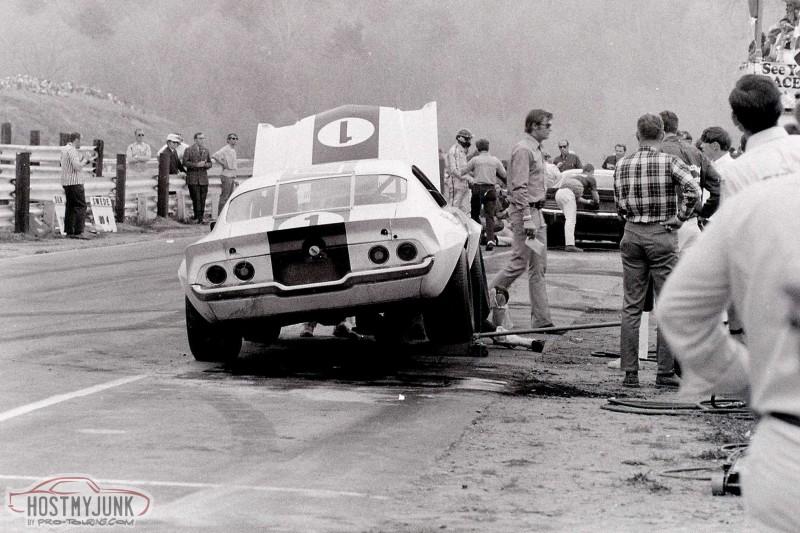 007-vintage-trans-am-hall-1970-chaparral-camaro-1.jpg