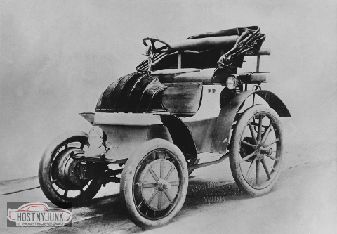 The-early-1900-s-Lohner-Porsche-the-first-hybrid-vehicle-on-record-Source-Reproduced.png