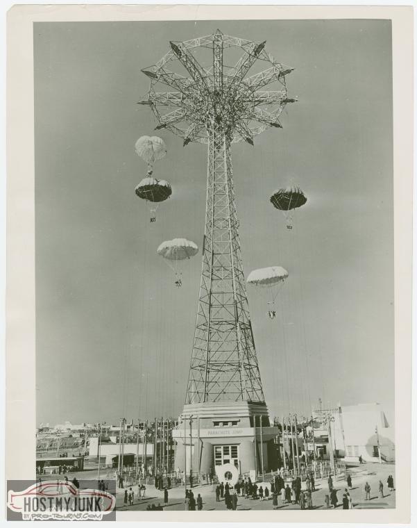 parachute-jump-parachutes-descending.jpg